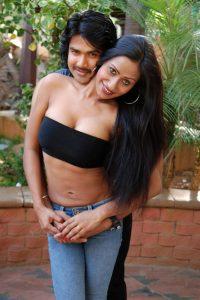 telugu sex stories వెయ్యి కే సుల్లిని పాంట్లో దోపి జిప్ లాగేసింది